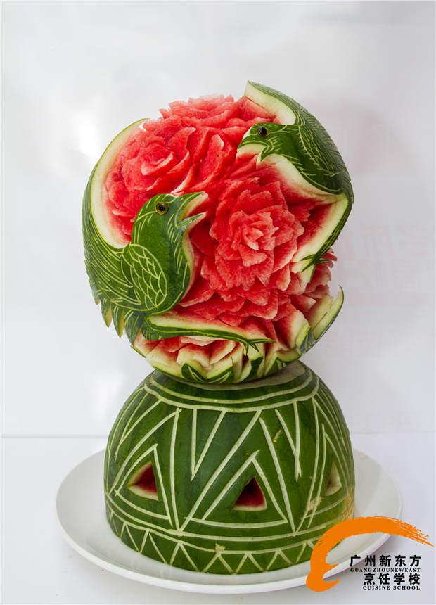 西瓜雕刻图片_康之园